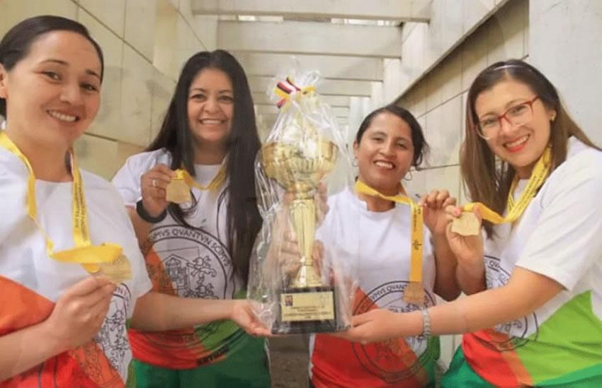 equipo-de-baloncesto-femenino-medalla-de-oro
